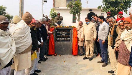 दादरी विधायक तेजपाल नागर ने आकिलपुर जहाँगीर गांव में 19 लाख के विकास कार्यों का किया उद्घाटन