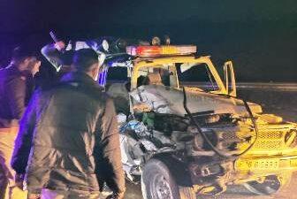 पीसीआर में ट्रैक्टर से टक्कर, पुलिसकर्मी घायल