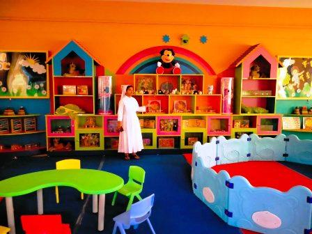 सेन्ट जोसेफ स्कूल में नन्हें-मुन्ने बच्चों के चहुमुखी विकास के लिए शुरु हुआ क्रियाकलाप कक्ष