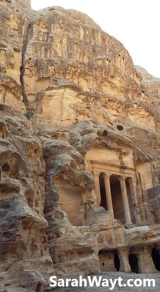 Little Petra, a jewel in the north of Jordan