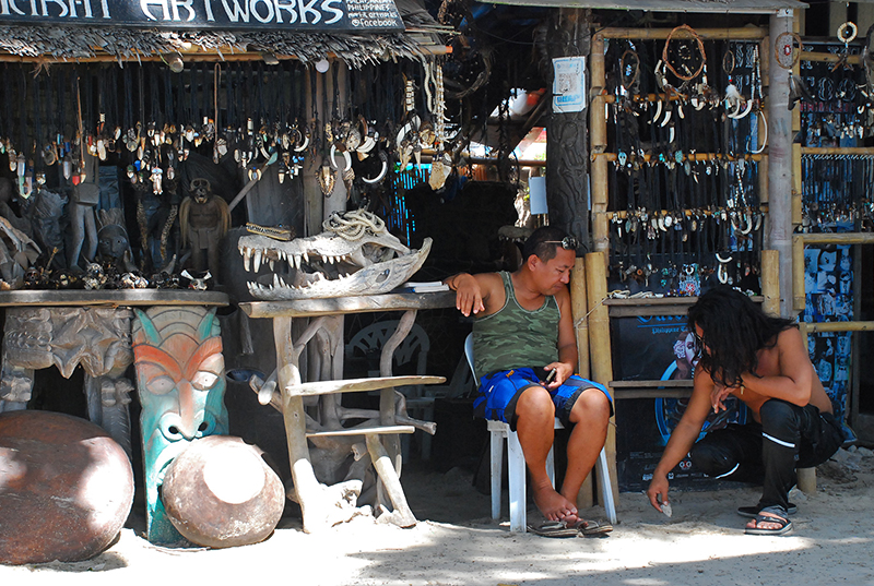 Sights along the White beach - Weird items seller?