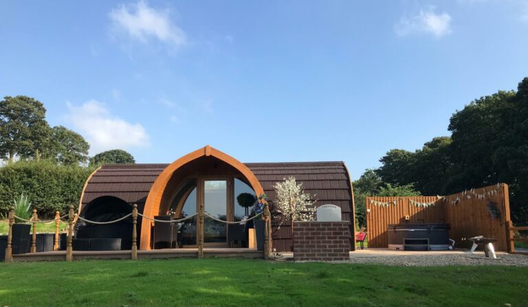 Hedgerow Luxury Glamping