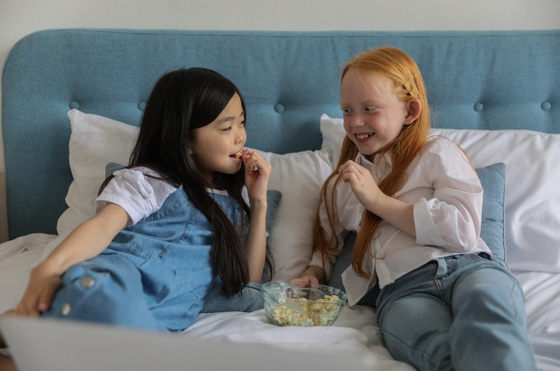 Read more about the article Are Bedtime Snacks Bad For You? Truth Revealed