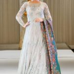 How To Dress Up For Parties In Traditional Wear