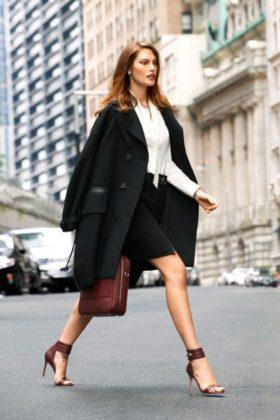 Black Coat Trend In Winter Season For The Fashion Loving Women