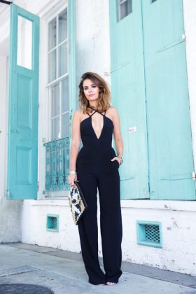 All Black Outfits For Summer Casual & Formal Wearing