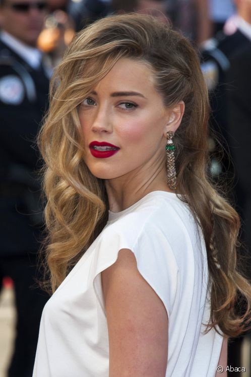 Celebrity Wavy Hairstyles From The Red Carpet Events 6