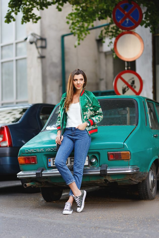 bomber-jacket-designs-available-this-fall-season-2016-17-7