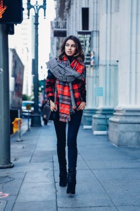 Tartan Scarf Trend During Cold Days Of Winter For Women