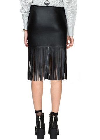 9 Top Straight Skirts Woman Should Try This Season