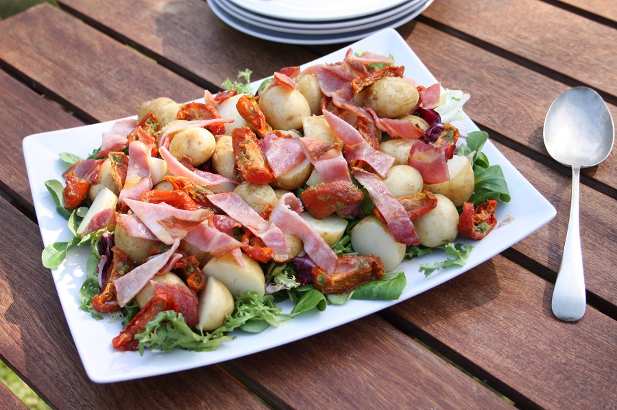 recipe for Allergy UK: BLT salad