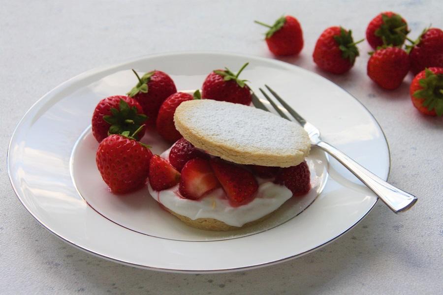 Strawberry Shortbread for Allergy UK