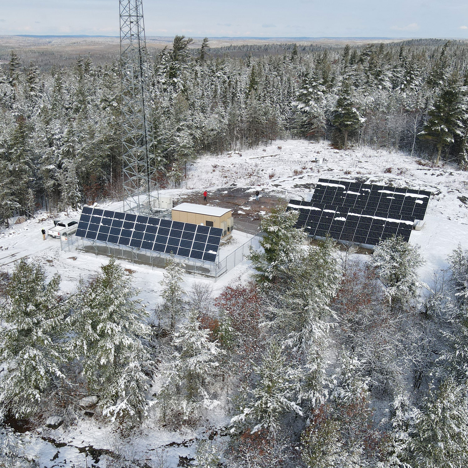 Meander Lake solar hybrid power system by ISC