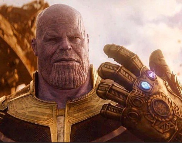 Thanos with Infinity Stone in Avengers: Infinity War trailer