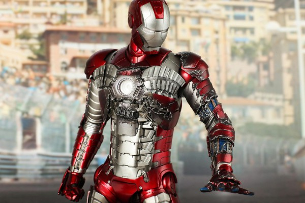 Iron Man 2 Mark V Suitcase suit
