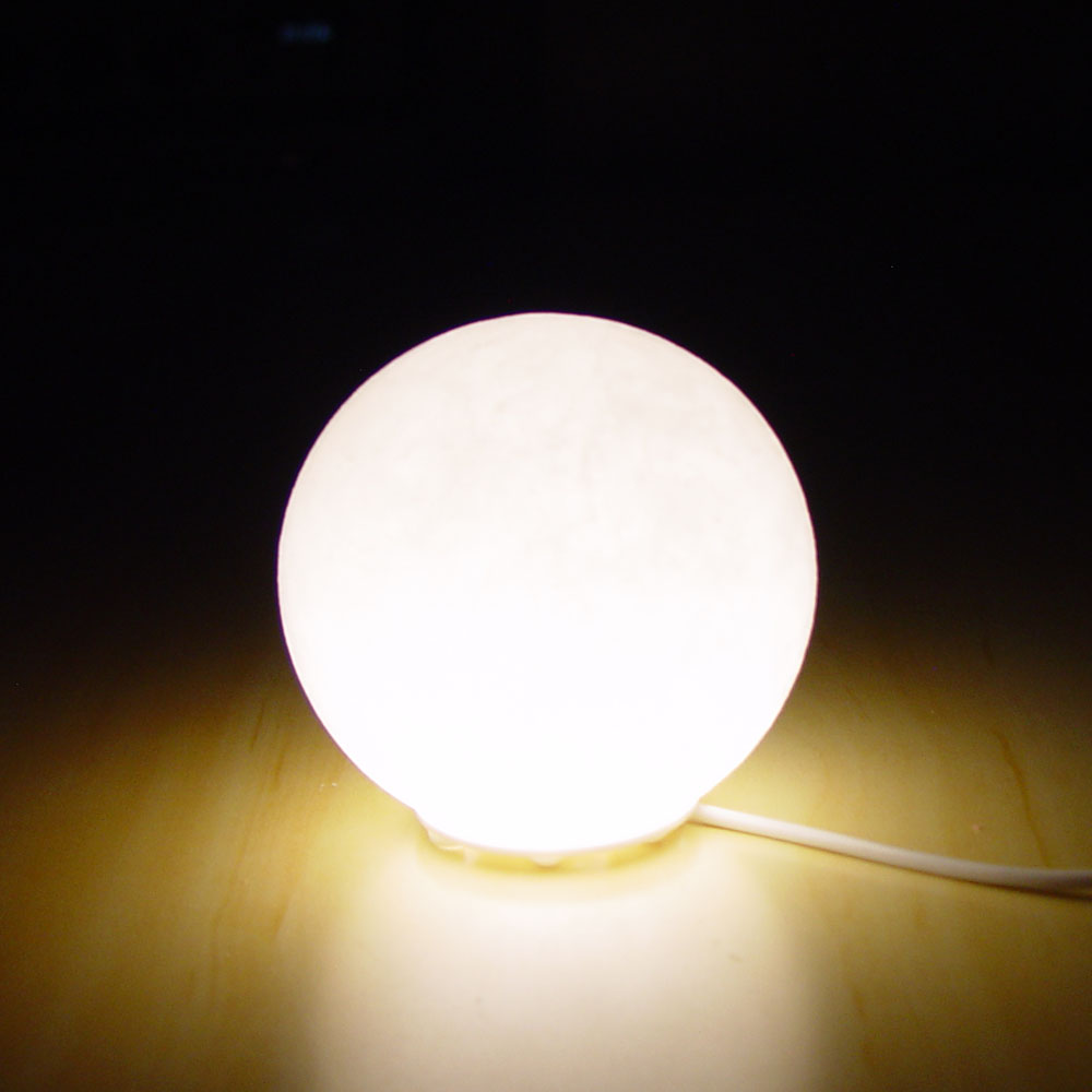 white-globe-ball-planet-shape-usb-himalayan-rock-crystal-lamp-light