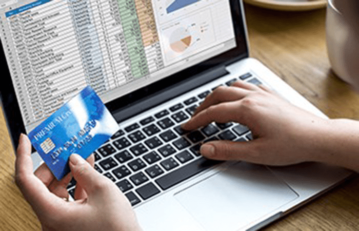 Laptop card details image