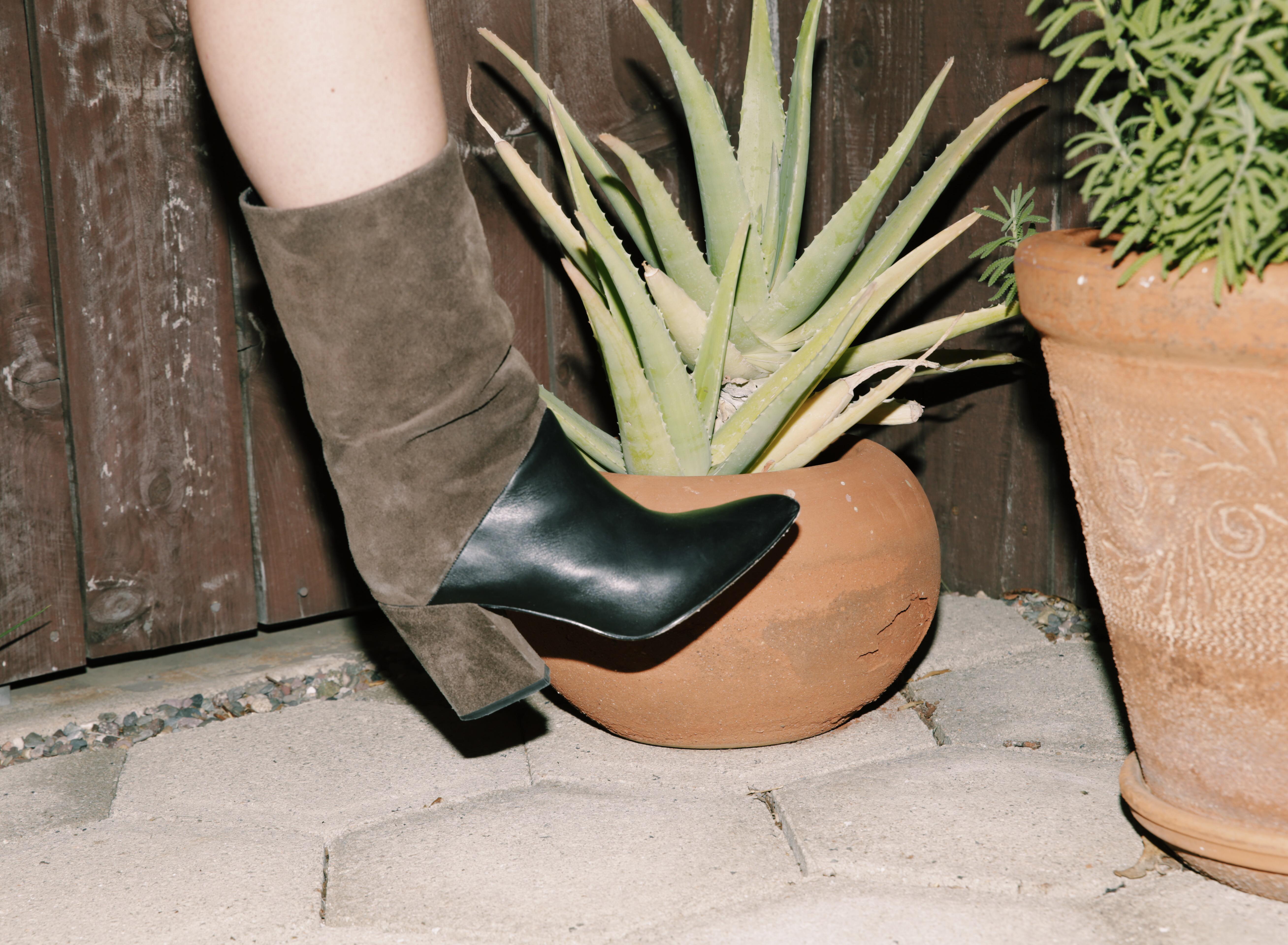 ASKA shoes