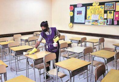 कोरोनाकी तेज़ी से खतरनाक वापसी , हरियाणा सरकार का बच्चों के लिए स्कूल खोलने का निर्णंय