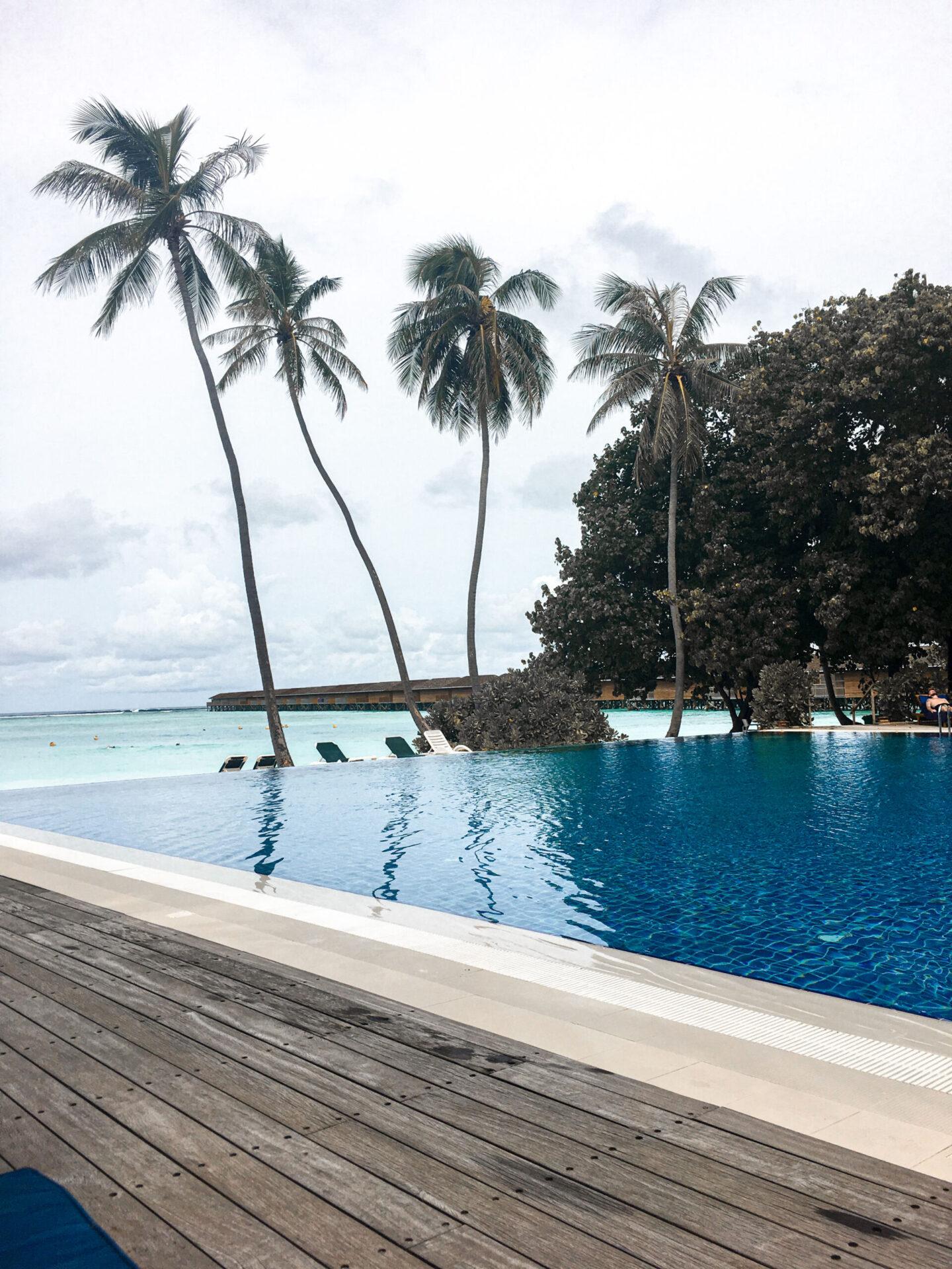 Adult Pool Meeru Island