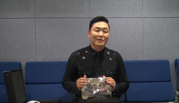 YouTube diamond play button Given to PSY