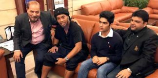Ronaldinho and Friends Land in Pakistan