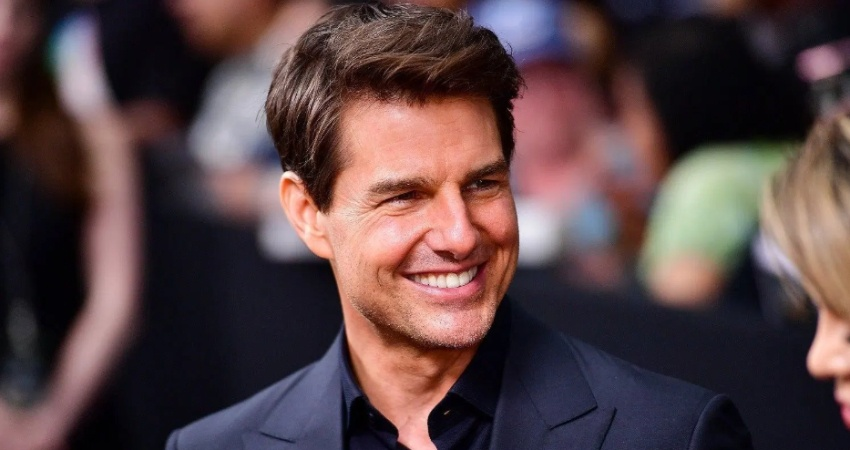Tom Cruise's Firts Movie In Space