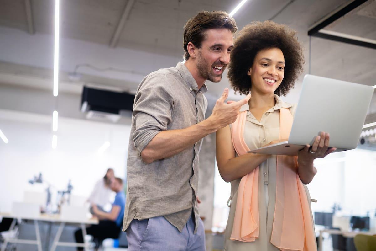 creative-business-people-working-on-business-proje-58FUABR.jpg