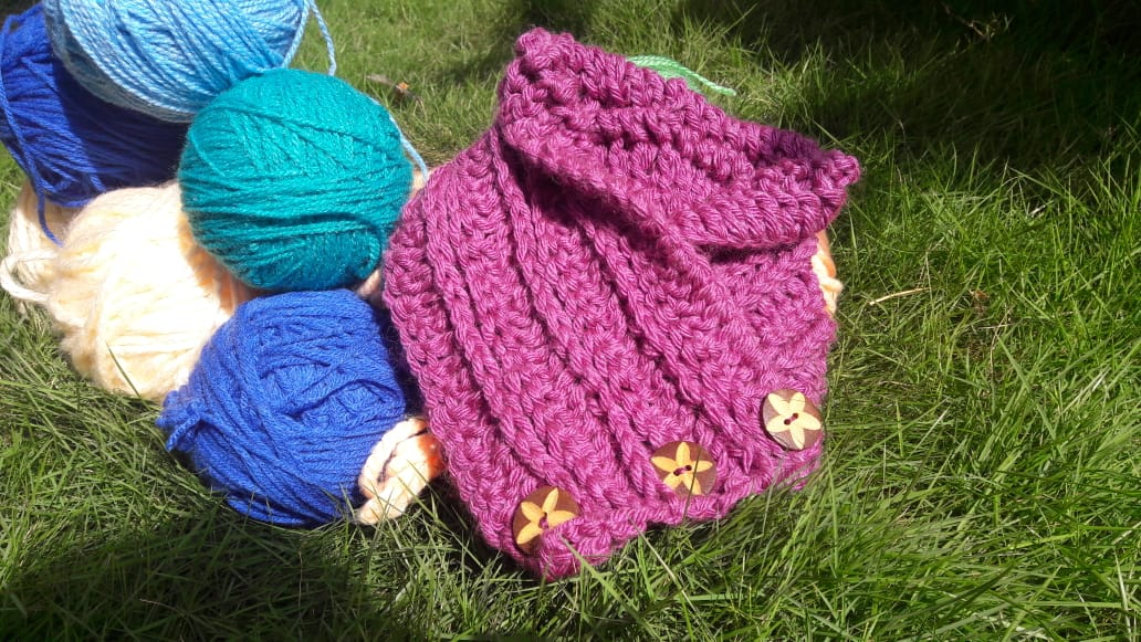 Crochet workshop for Beginners – Make a Cowl/ Neck Warmers