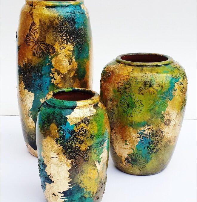 Gold Leaf Gilding on Terracotta Pot – Beginner's workshop in Bangalore