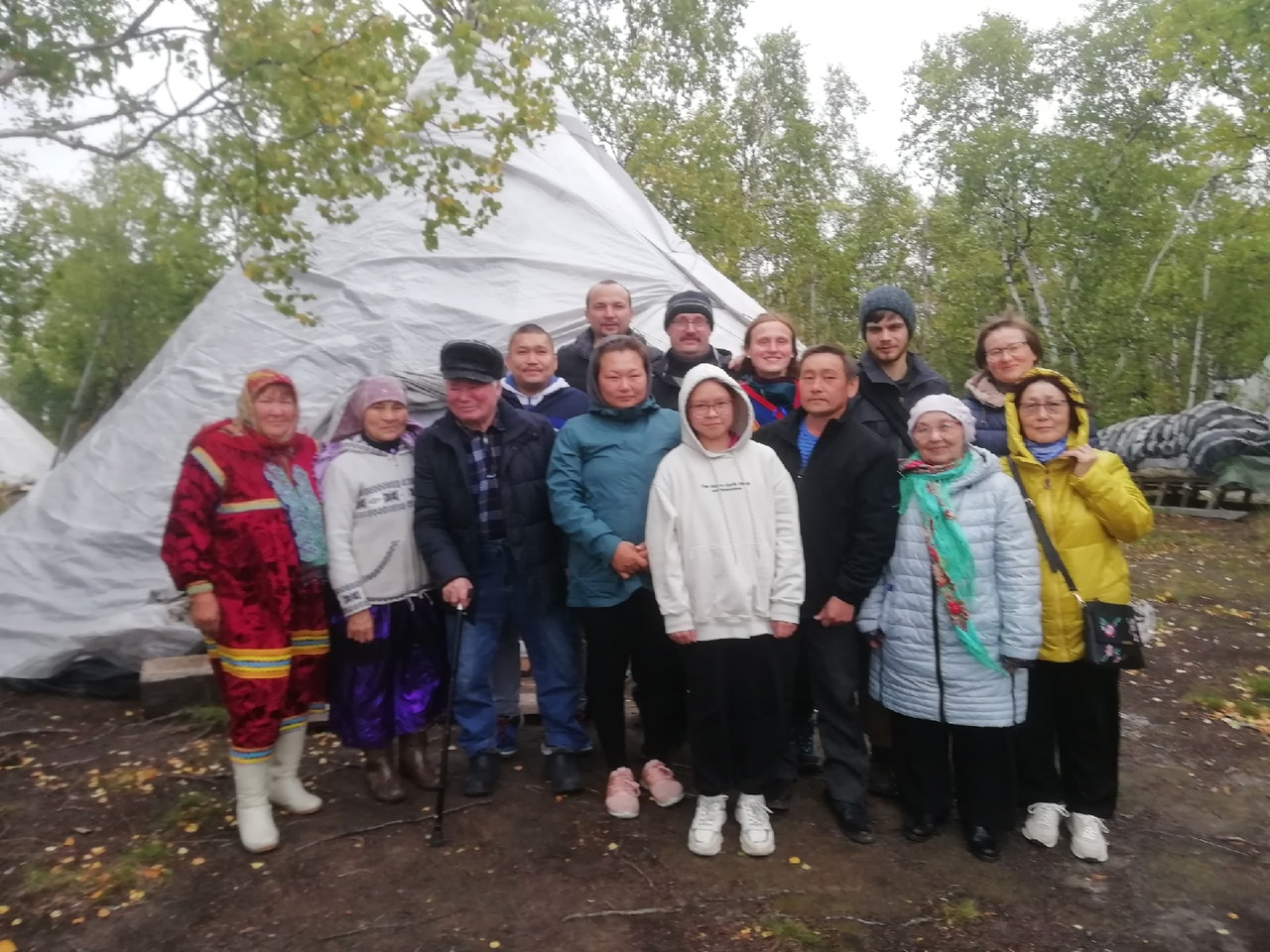 iJLsy63JRRw - National level envionronment protection action took place in Yamal area of Siberia.