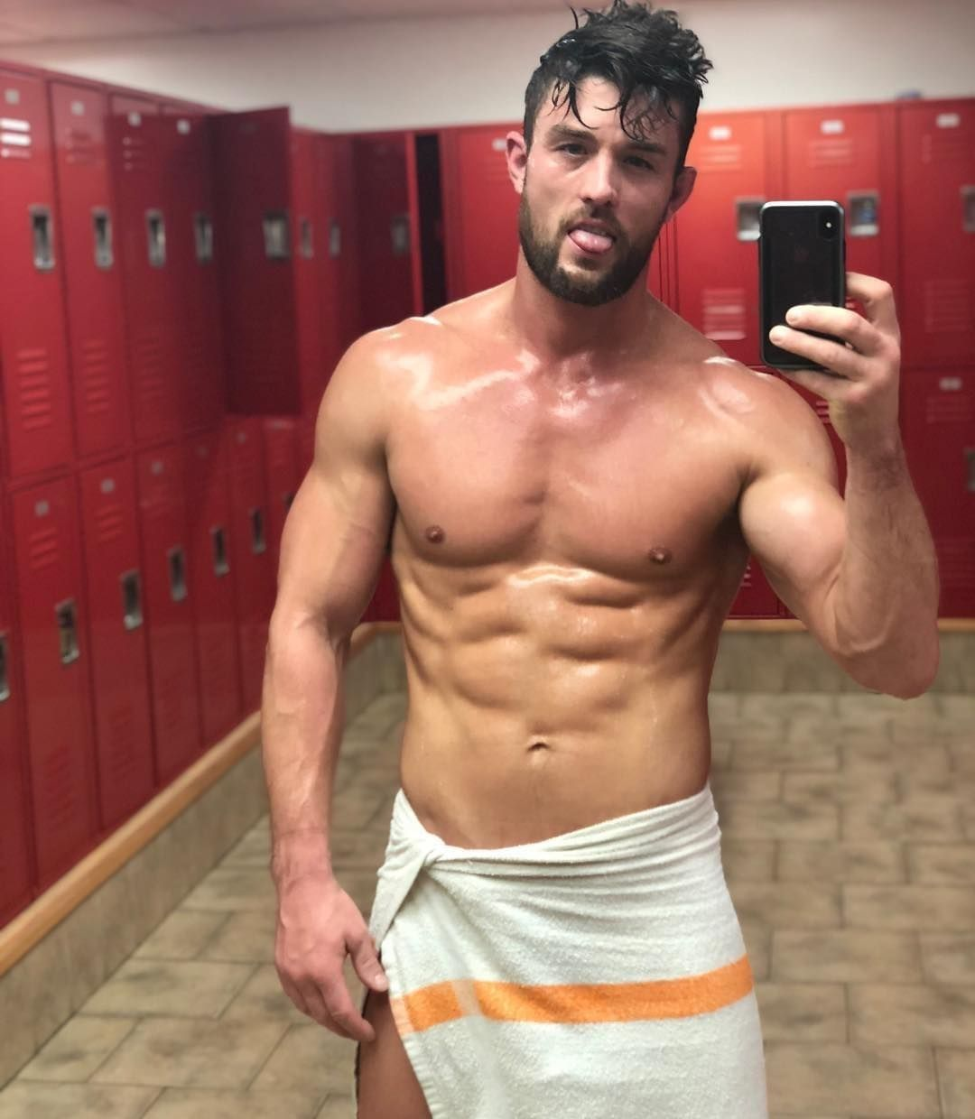 @ryanroseofficial wet and in a towel is all we could ever ask for
