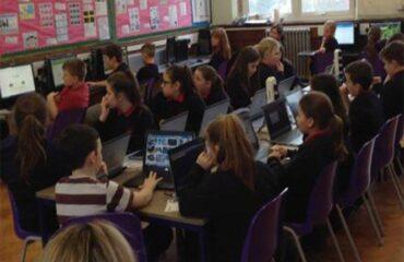 Can network like Hwb+ help improve teaching