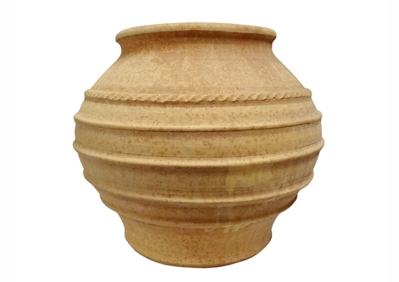 artimis pot from The Cretan Pot Shop Rugby Warwickshire