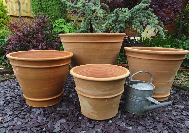 Manolis terracotta pot from The Cretan Pot Shop Rugby Warwickshire