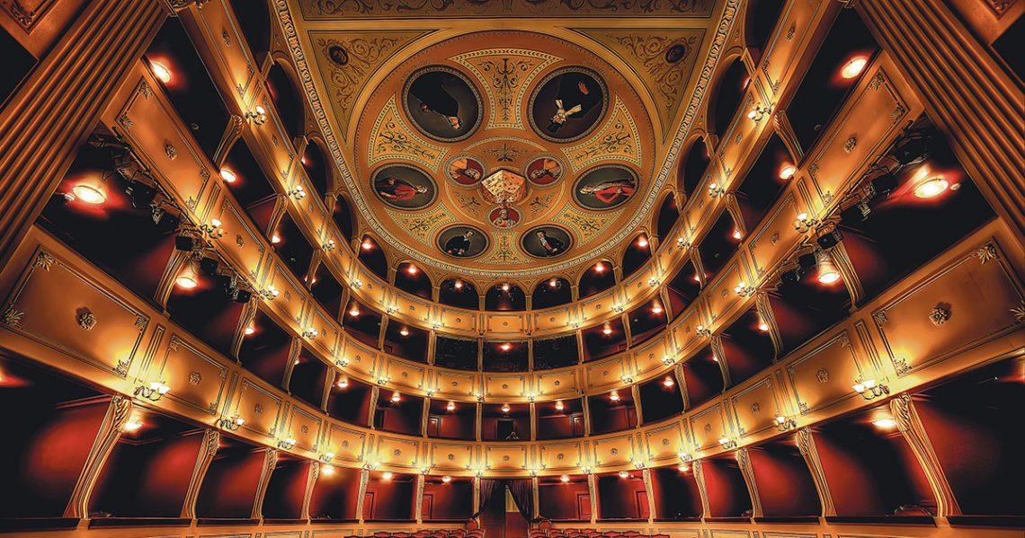 """Municipal Theatre """"APOLLO"""""""