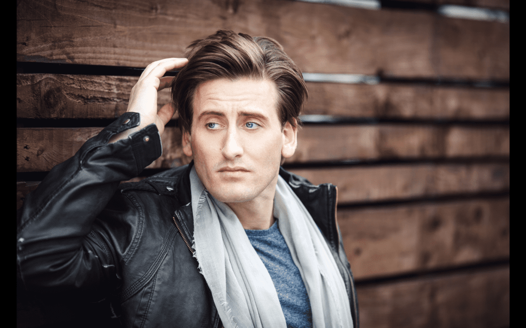 Headline Performer at Proms and Prosecco in the Park – Jon Moses