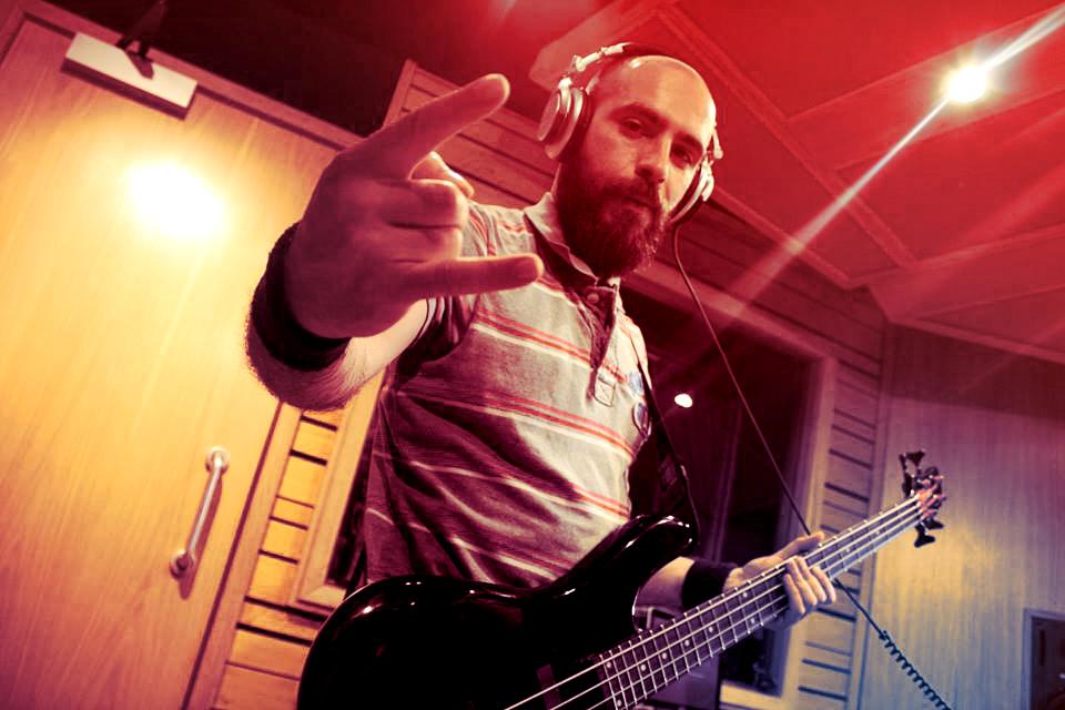 Slipway-Studio_Bass-Guitar_Recording_02