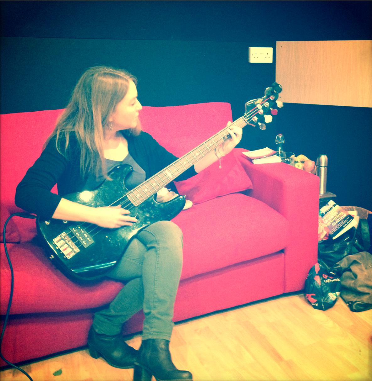 Slipway-Studio_Bass-Guitar_Recording_04