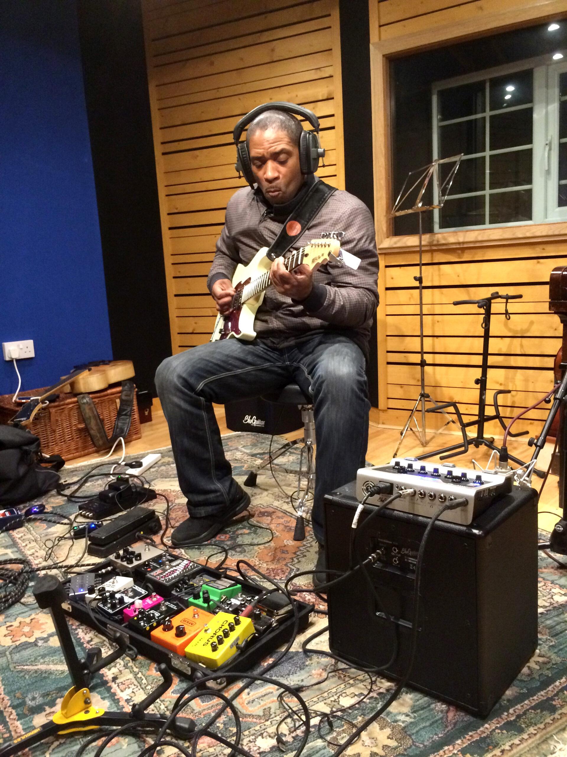 Slipway-Studio_Electric-Guitar_Recording_04