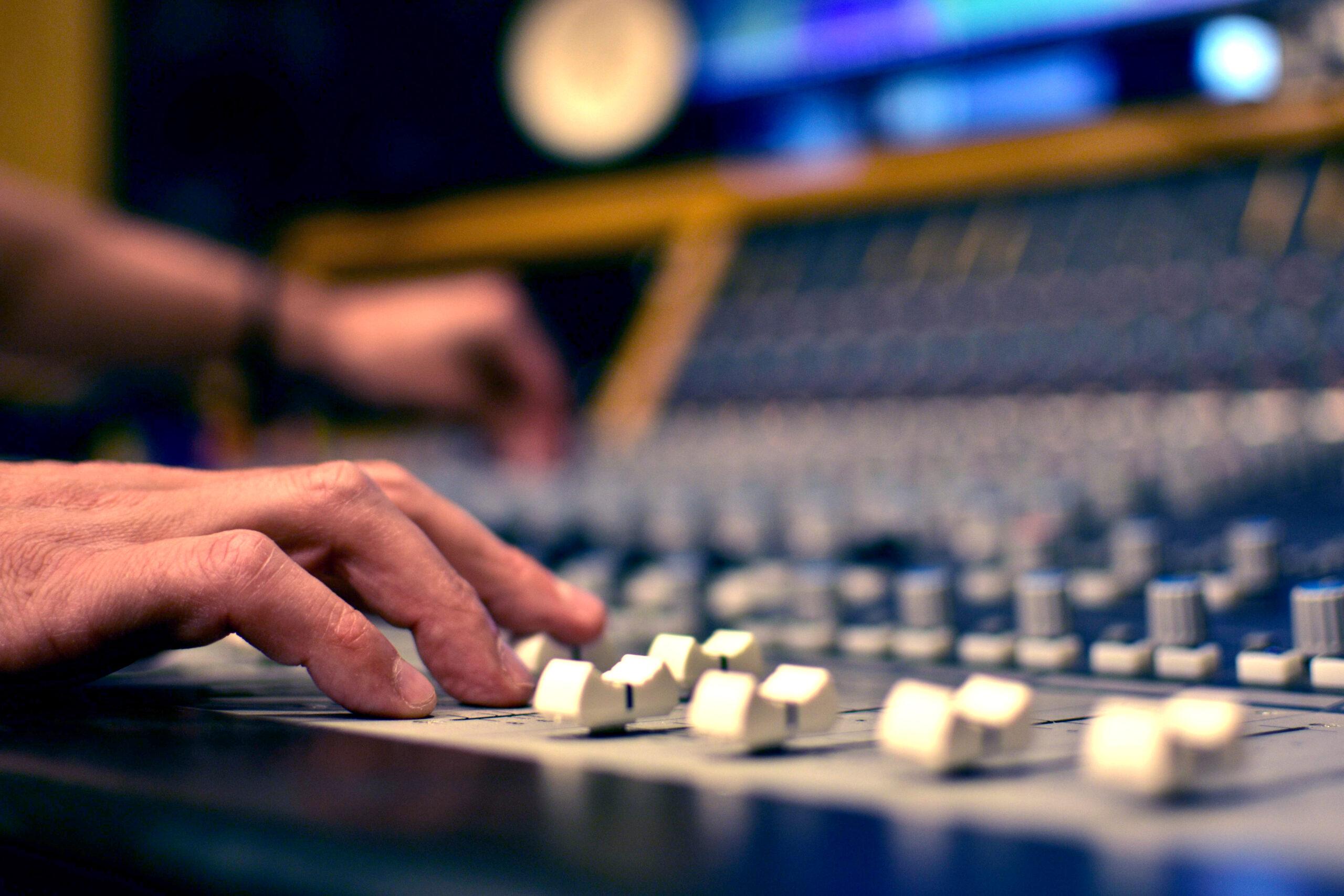 Slipway-Studio_Mixing-Service