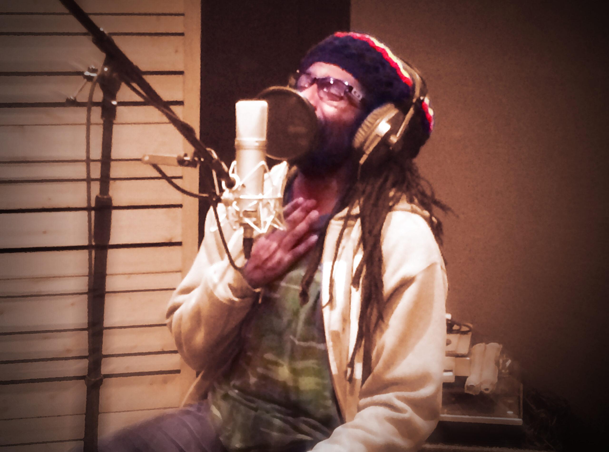 Slipway-Studio_Singer_05