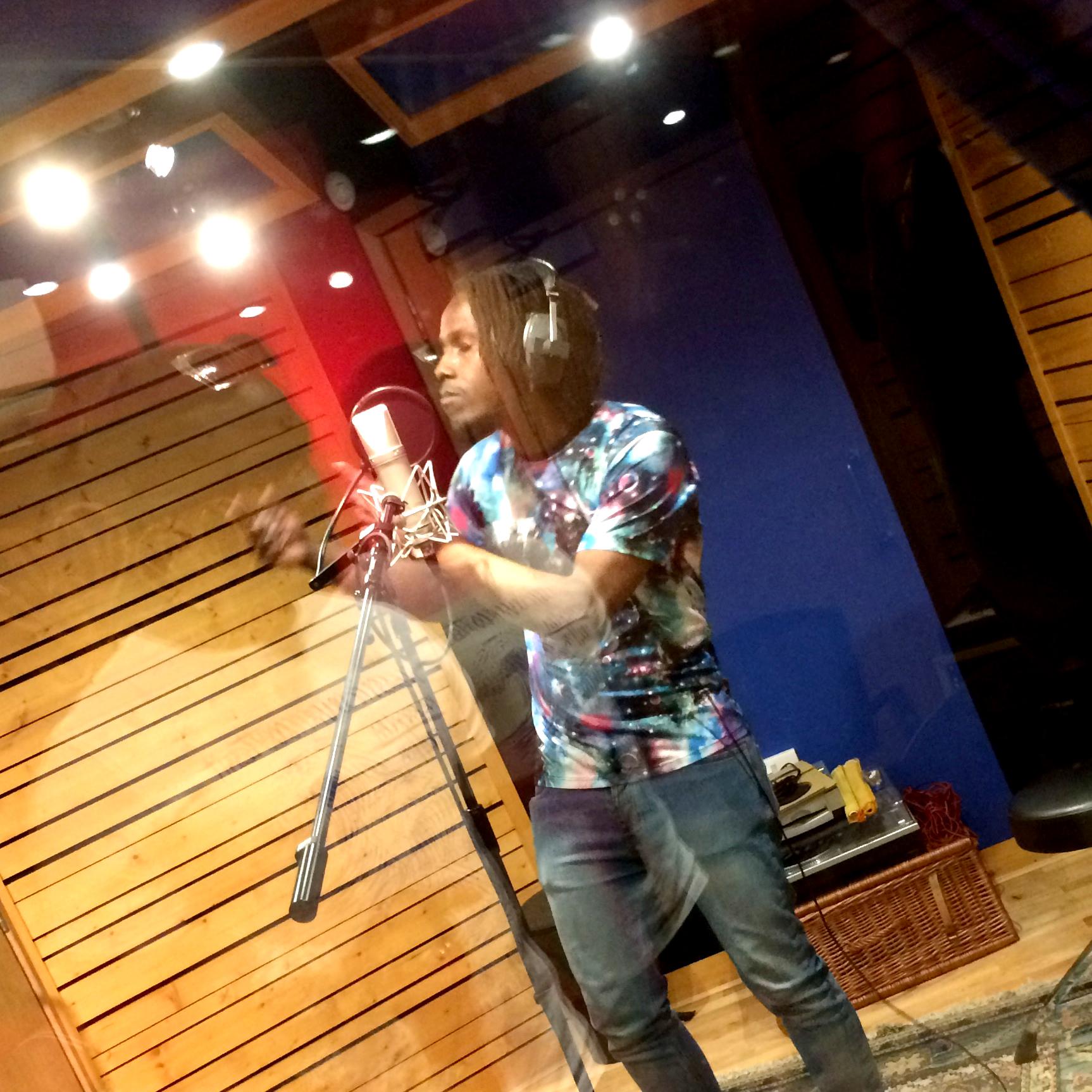 Slipway-Studio_Singer_Dancehall_01