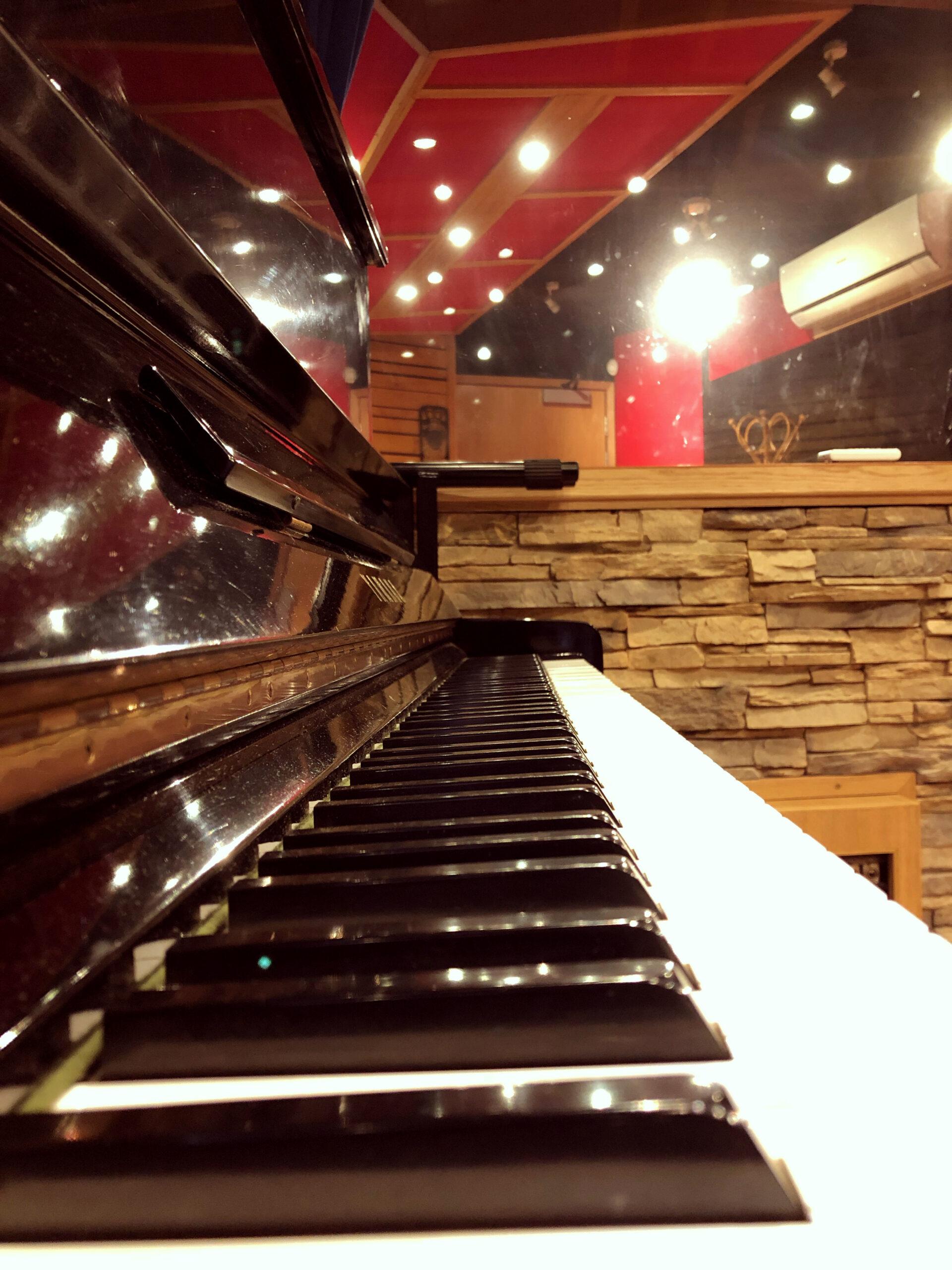 Slipway-Studio_Yamaha-U3-piano_2-1