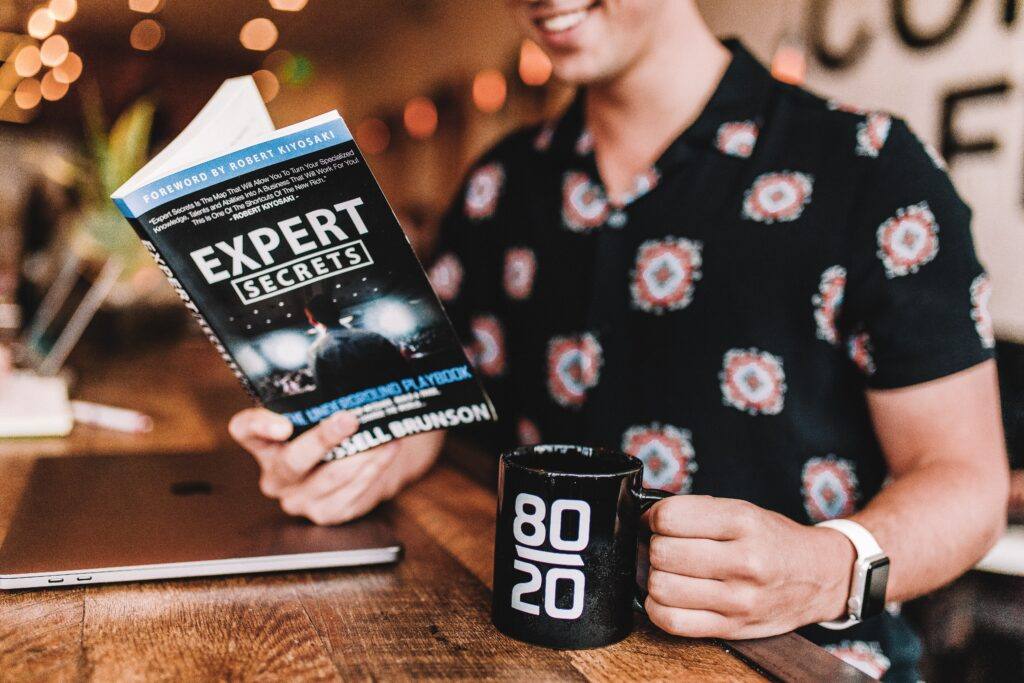 expert secrets | recipe to become an expert