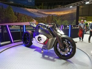 BMW, not to be out done, brought their Motorrad Vision DC Roadtser to Motorcycle Live 2019.