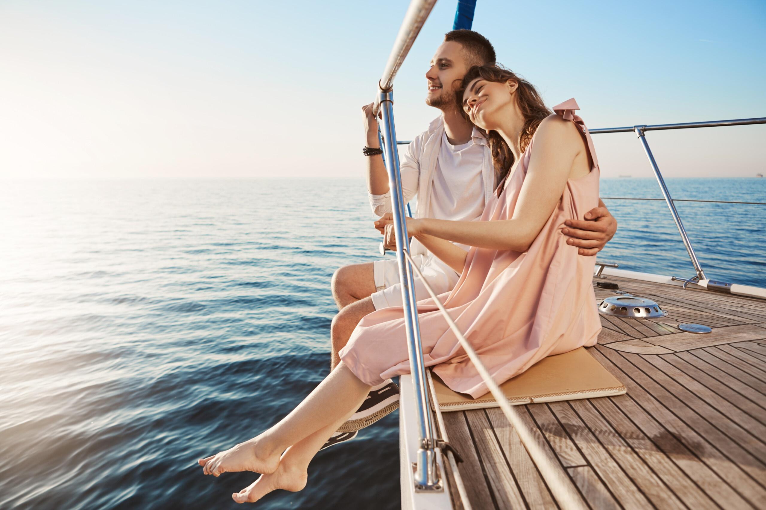 Private Yachts Rental In Dubai - yachtrentaldxb.com