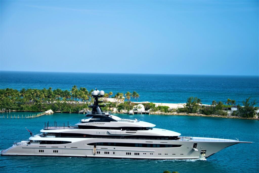 Shared yacht tour packages dubai