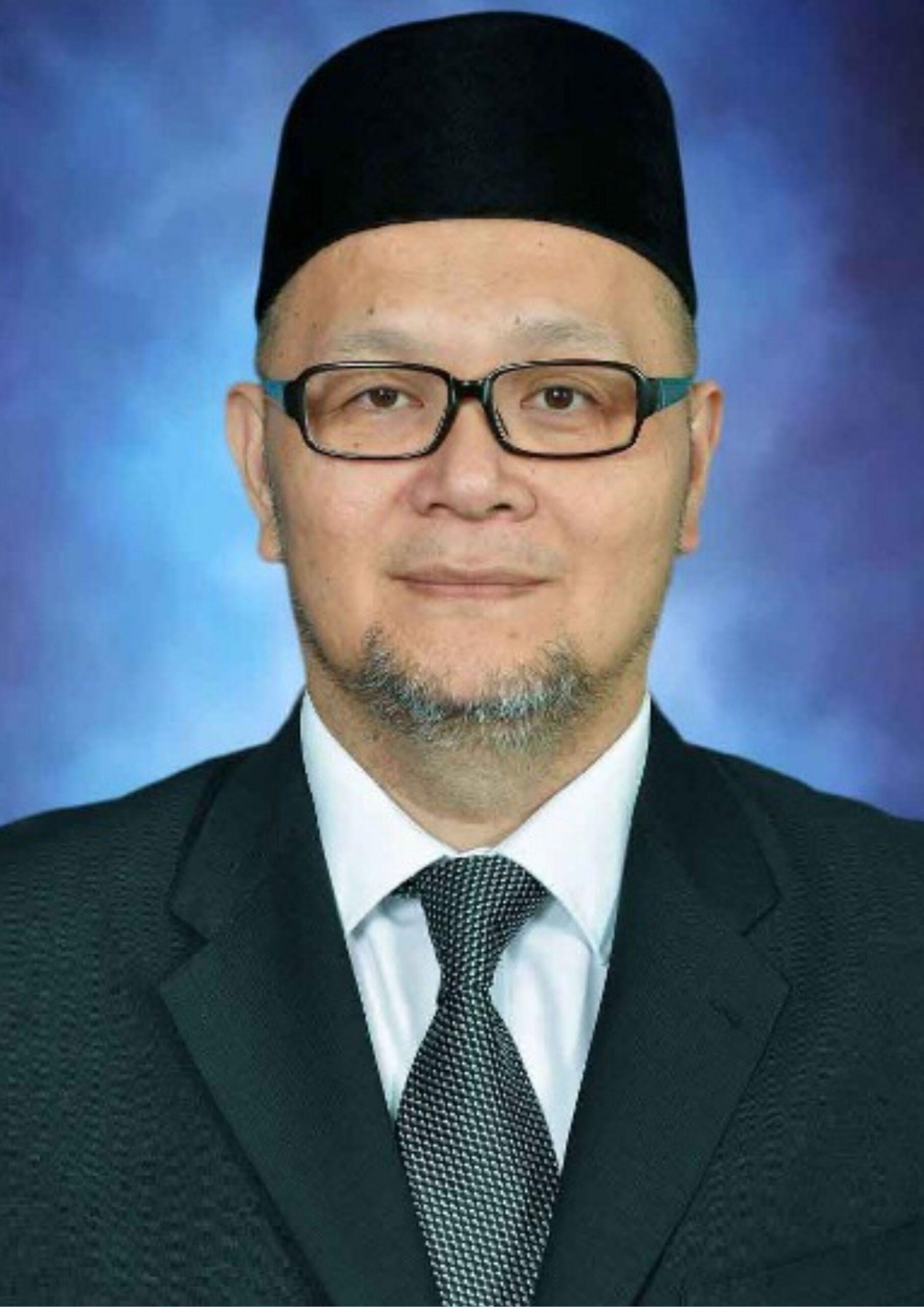 H E Dato Seri Setia Awang Hj Hamzah bin Hj Sulaiman