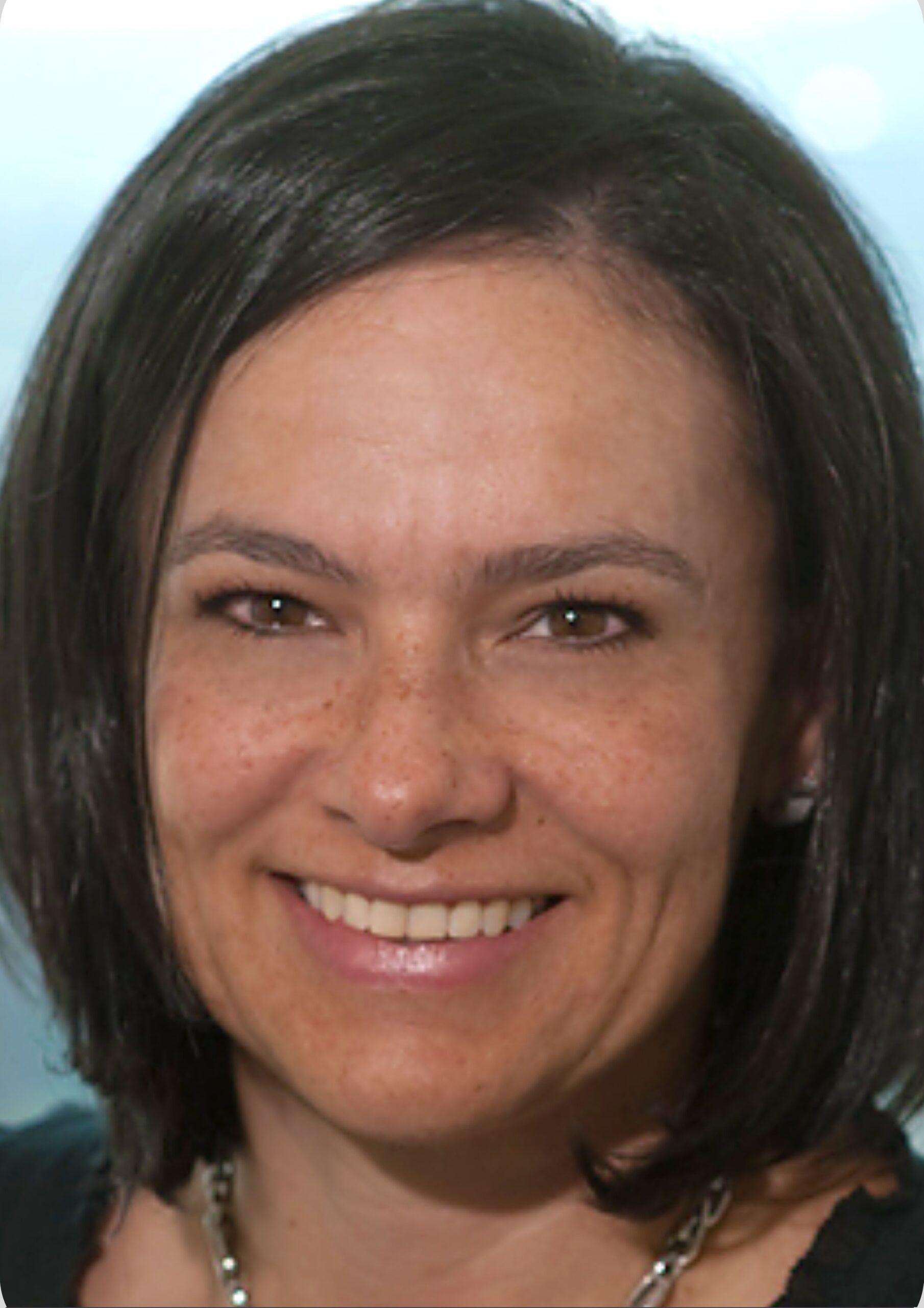Dr. Claudia Urrea